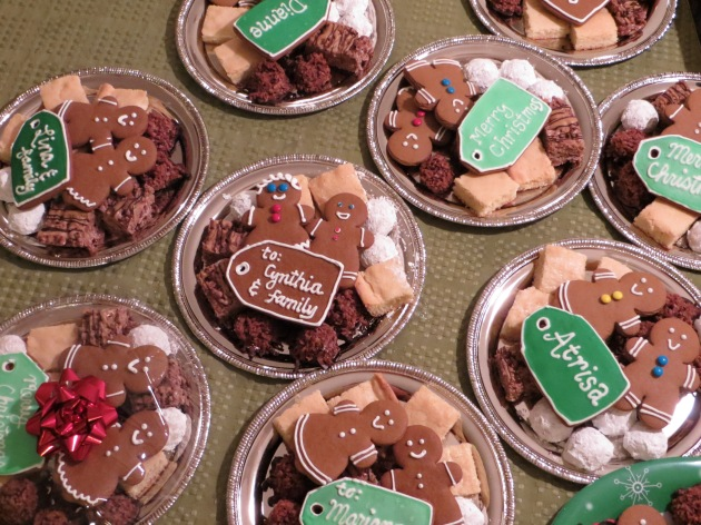 Christmas cookies plates for gifts